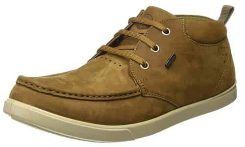 वुडलैंड के जूते